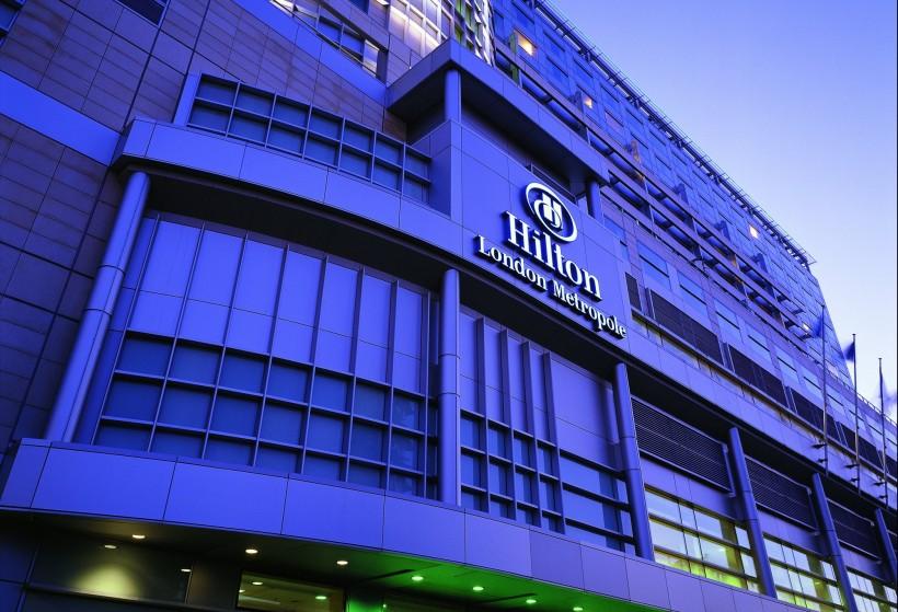 Hilton-London-Metropole-Hotel-e1447673370355-820x559