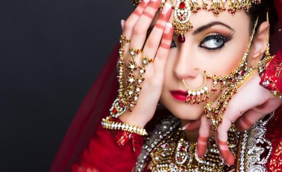 Asian Weddings: A Gold Affair